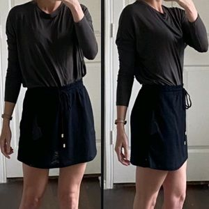 Athleta dark gray long sleeve pullover shirt top